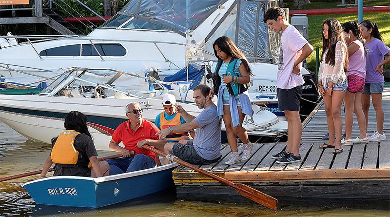 El Municipio de Tigre acompañó a la ong Bote al Agua en la presentación de sus embarcaciones solidarias