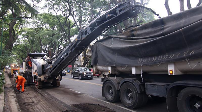 Sigue la renovación del asfalto en Av. Del Libertador