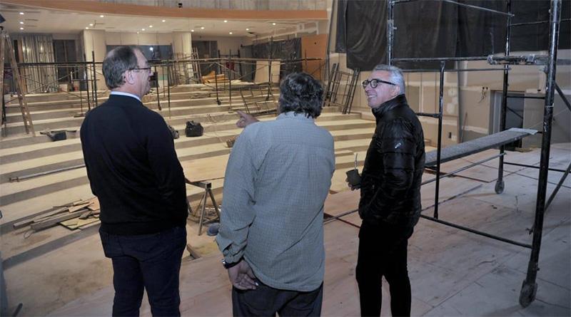 Inversión local: el municipio ultima detalles en la construcción del cineteatro de Benavídez