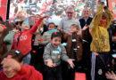 """Junto a cientos de familias, Julio Zamora inauguró la plaza renovada N°44 """"Daniel María Cazón"""" en Tigre centro"""