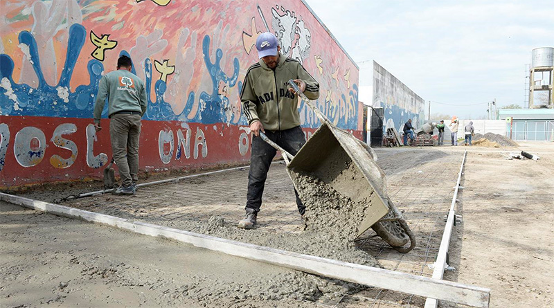 El municipio realiza mejoras edilicias en la Escuela Secundaria N°28 de Benavídez