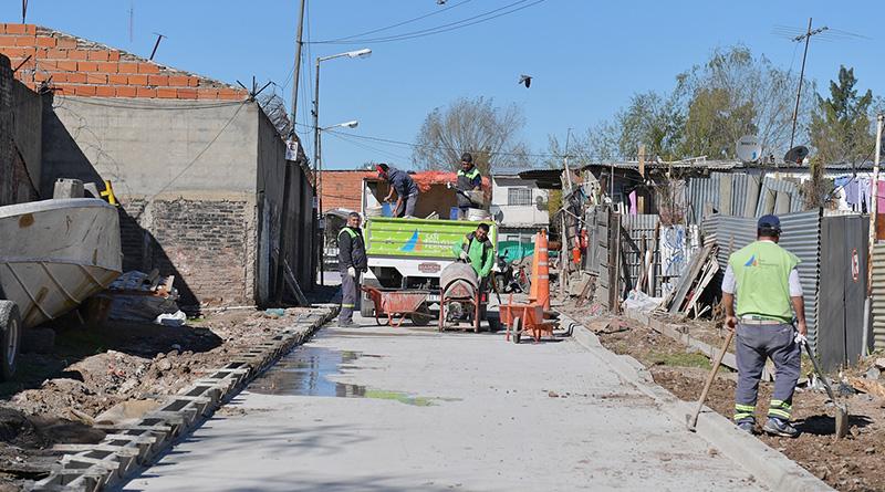 La calle De Marzi del barrio Alvear ya está pavimentada