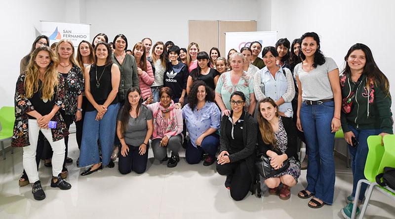 San Fernando y Fundación AVON concientizaron en el Día de la Eliminación de la Violencia contra la Mujer