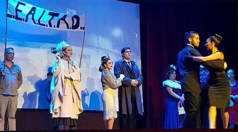 Vecinos de Tigre disfrutaron una nueva función de la obra homenaje a Eva Perón