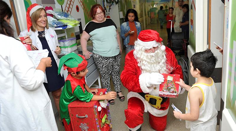 Papá Noel llevó su alegría y cariño a los pacientes del Hospital Materno Infantil de Tigre