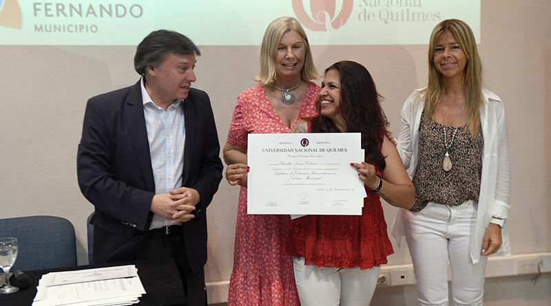 San Fernando entregó diplomas a egresados de la carrera de Turismo en el Centro Universitario Municipal