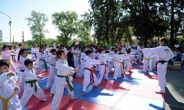Taekwondo, una disciplina con amplios beneficios que se practica en los polideportivos de Tigre