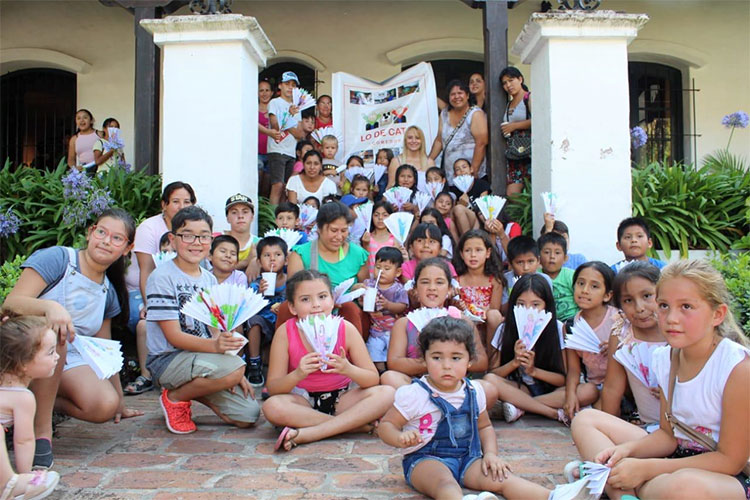 Más de 60 vecinos participaron de los talleres de abanicos organizados por el Municipio de Tigre