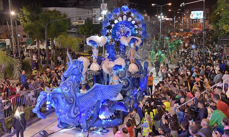 Juan Andreotti inauguró el Gran Corso Familiar de San Fernando 2020