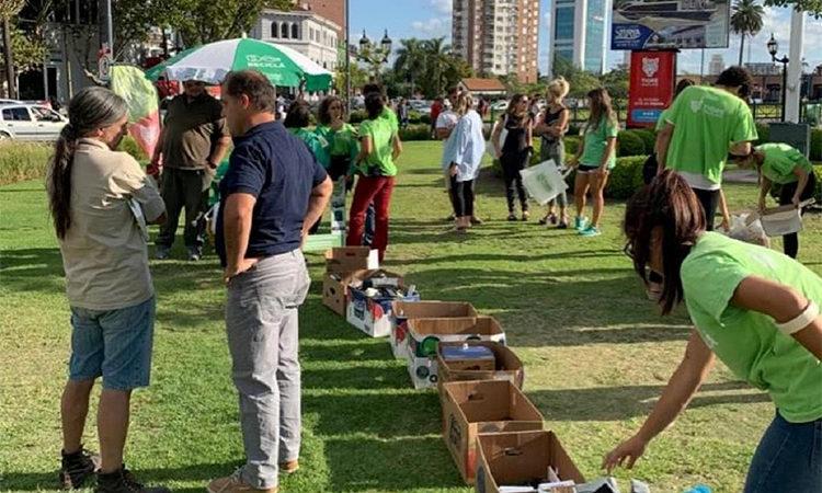 Programa Reciclá: cientos de vecinos se sumaron a la segunda feria de recolección de residuos electrónicos de Tigre
