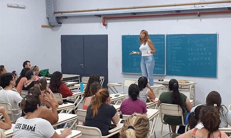 Tigre dicta un curso intensivo de verano en Lengua de Señas Argentina