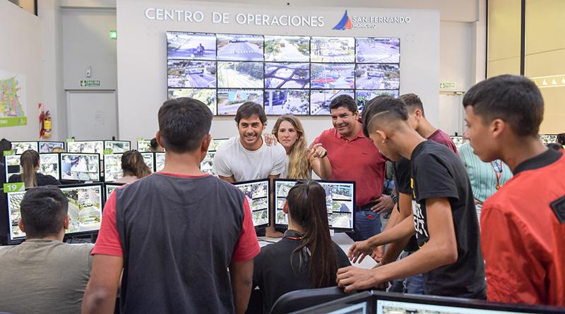 Los jóvenes del Centro Convivencial Terapéutico conocieron el Centro de Monitoreo de San Fernando