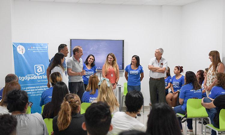 San Fernando y TGD Padres TEA capacitaron al personal del Hospital Municipal sobre el autismo