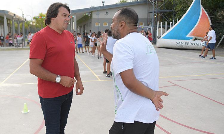 El Polideportivo N°9 de San Fernando organizó juegos y actividades en familia