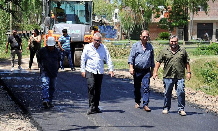 Nuevos trabajos de pavimento en Don Torcuato