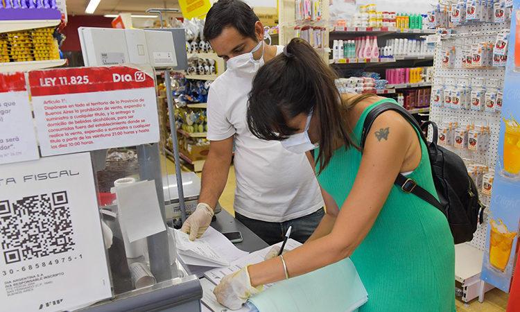 San Fernando controla Precios Máximos, horarios y medidas de prevención en comercios