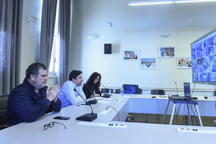 El ministerio de Educación dialogó con representantes de cooperadoras escolares