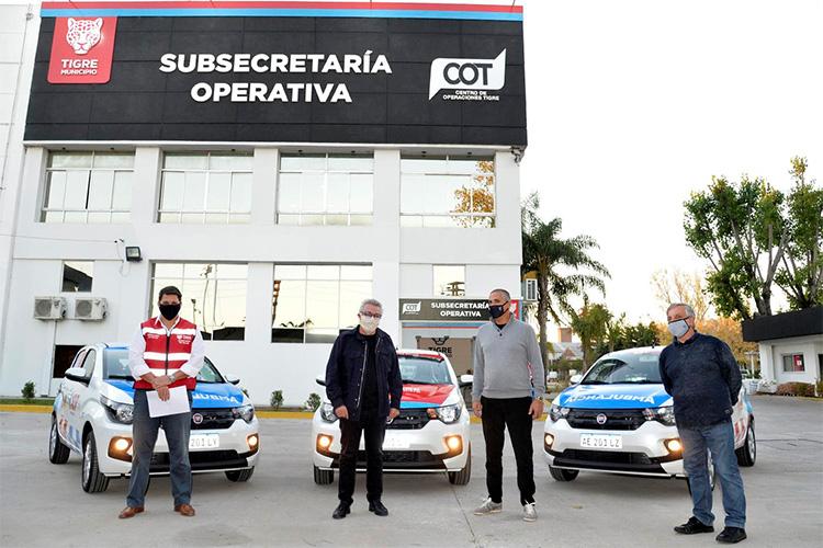 Julio Zamora presentó nuevos móviles para el sistema de salud de Tigre