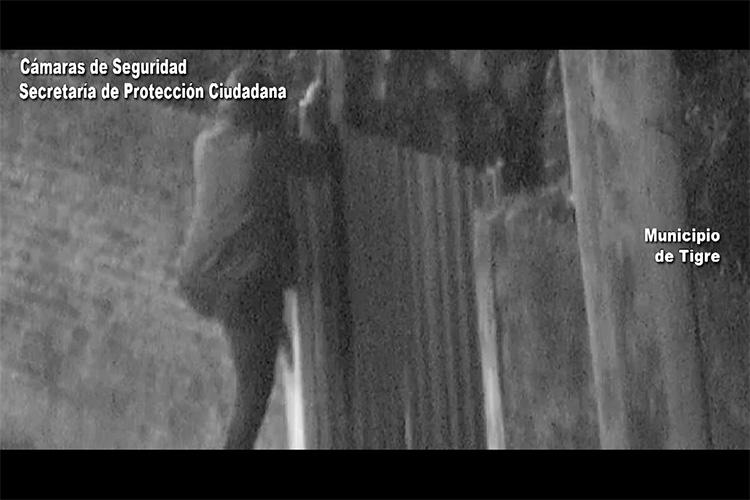 Trepó un paredón para robar una bicicleta: el COT lo detuvo en instantes
