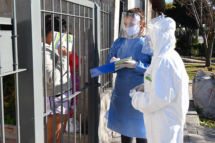 Continúan los operativos integrales de prevención contra coronavirus y dengue en barrios