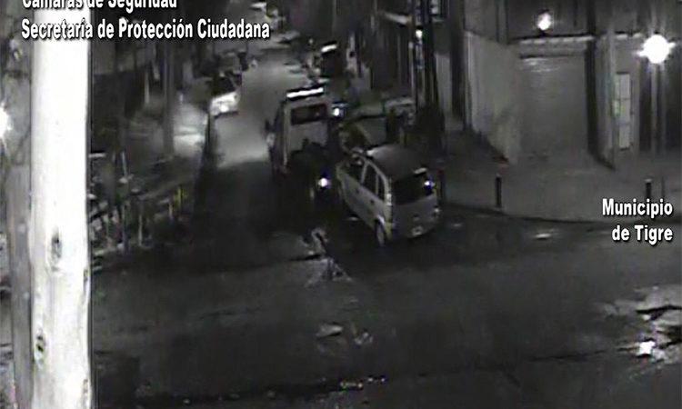 Impactante: alcoholizado, un conductor perdió el control de su vehículo y chocó contra una columna