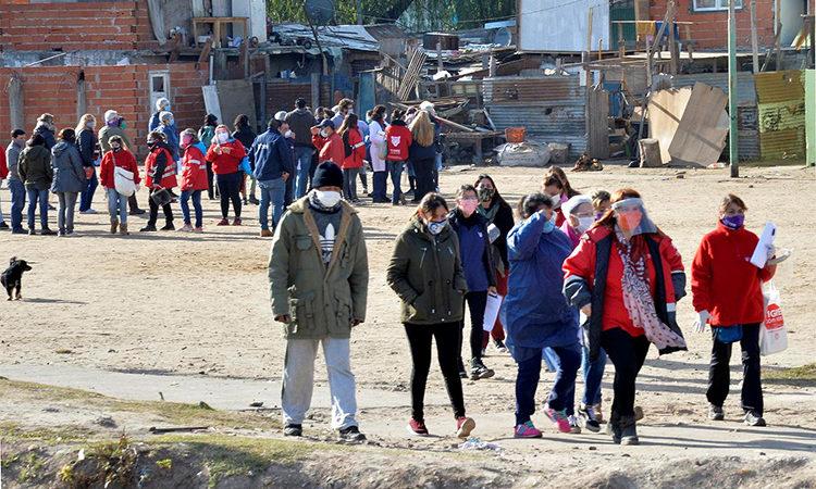 Tigre y Provincia realizaron un operativo activo para detectar casos sospechosos de COVID-19 en el barrio Alte Brown, del centro de la ciudad