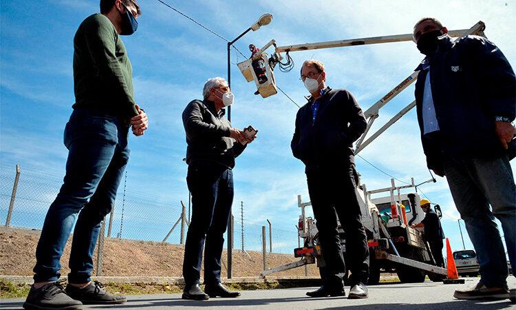 Julio Zamora monitoreó una amplia renovación de luminarias en Rincón de Milberg