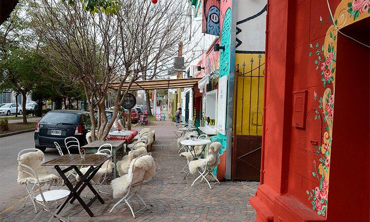 A partir de este fin de semana, se habilitan en Tigre comercios gastrónomicos con mesas al aire libre
