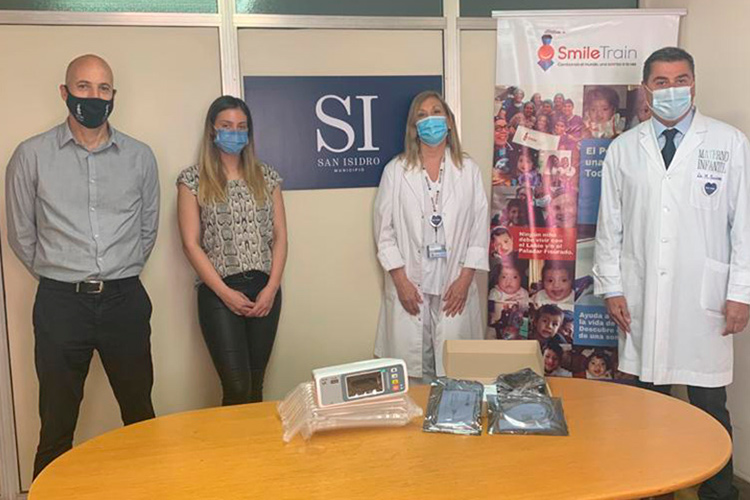 Donan equipo al Hospital Materno Infantil de San Isidro