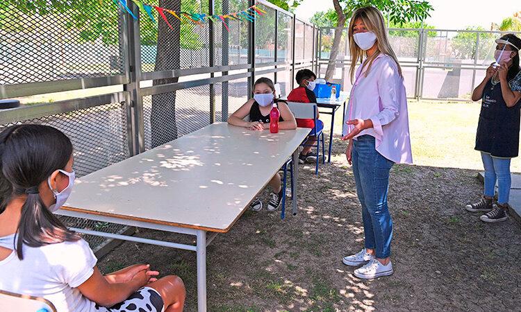 Los CEIM volvieron a las clases con protocolos, grupos reducidos y al aire libre