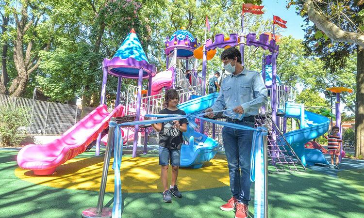 Juan Andreotti inauguró la modernización de la Plaza Dorrego de Victoria