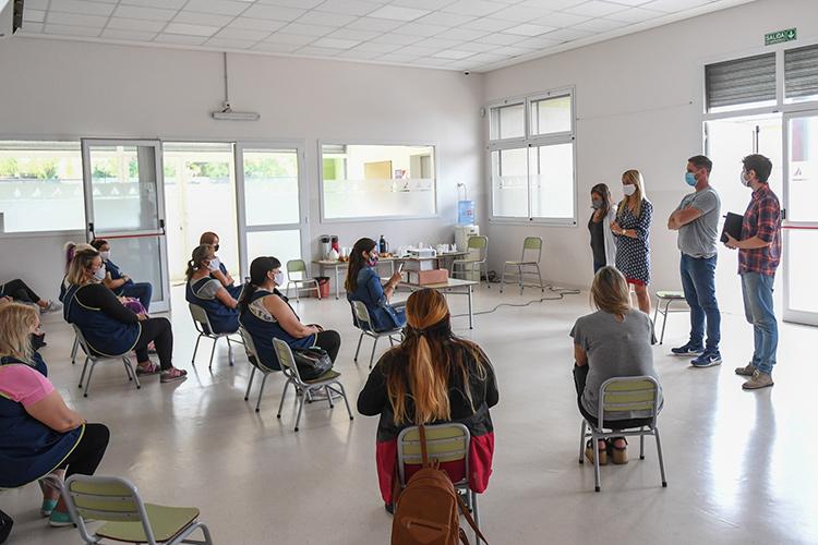 San Fernando capacita al personal docente municipal sobre la sanitización preventiva contra el covid-19