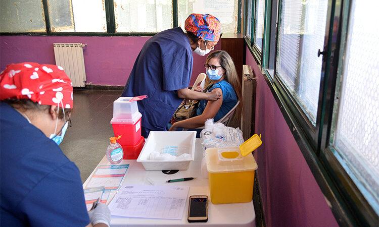 Comenzó en Tigre el plan de vacunación contra el COVID-19