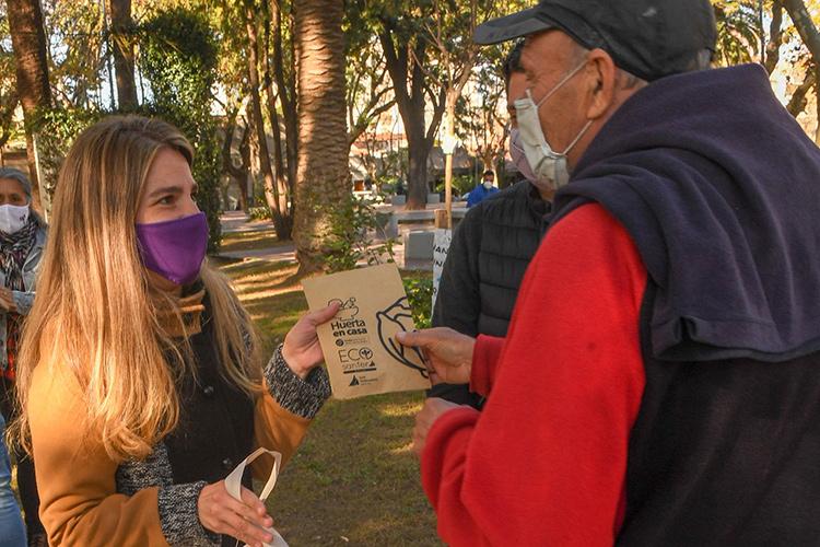 San Fernando acercó trámites y servicios a la Plaza Dorrego de Victoria