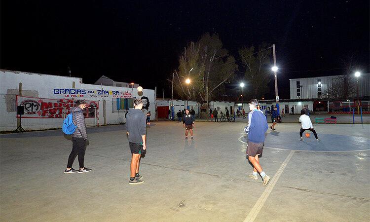 El Municipio de Tigre construyó la nueva cancha de fútbol del Club Padre Mugica de El Talar