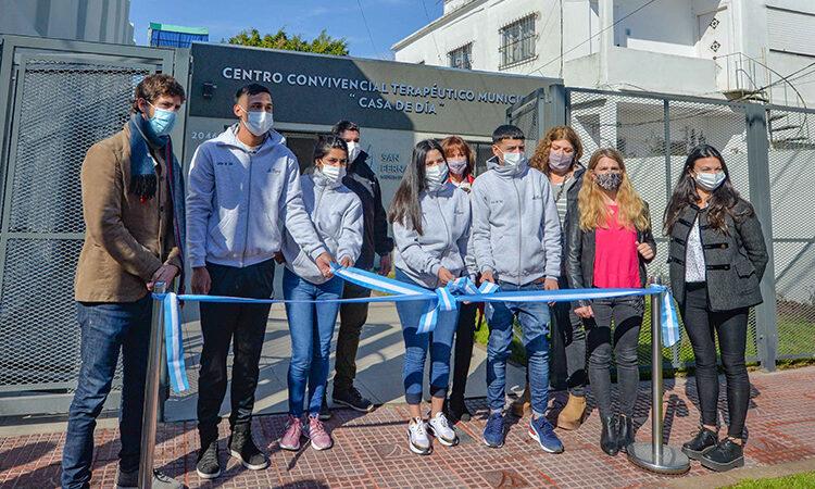 """Juan Andreotti inauguró la renovación de la """"Casa de Día"""" para jóvenes contra las adicciones"""