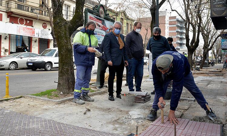 Infraestructura urbana: avanza la construcción de nuevas veredas en Tigre centro