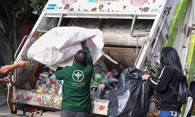 Día de la Conciencia Ambiental: San Fernando y las murgas continúan reciclando en distintos barrios
